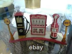 MARX Bright-lite Filling Station Gas + Air Pumps tin vintage 1930s