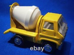 MARX Tin Vintage truck collection 6 work fleet vehicles Excellent condition 1970