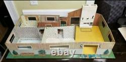 RARE Marx Rooster Ranch Contemporary Large pressed Tin Mid Century Dollhouse
