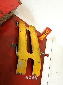 Rare 1930s Vintage MARX Toys GULL SERVICE STATION Tin Litho Gas & Oil Play Set