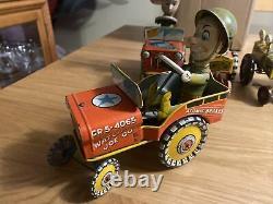 Rare Vintage Marx / Unique Arts Tin Wind-Up Car Lot, Includes 6 Pieces