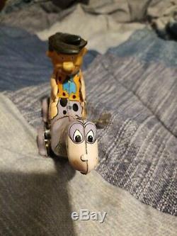 Tin Toy Wind up Fred Flintstone on Dino Marx Vintage 1962 working- Very Nice #2