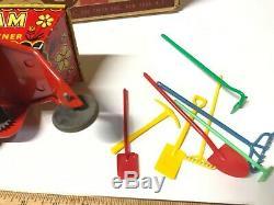 VINTAGE 1950's'SAM THE CITY GARDENER' PLASTIC & TIN WINDUP MARX IN BOX WithTOOLS