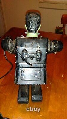 VINTAGE 1960s MARX FRANKENSTEIN REMOTE CONTROL BATTERY TIN ROBOT 13 TALL JAPAN