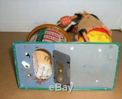VINTAGE JAPAN MARX NUTTY MAD INDIAN BATTERY OPERATED TIN TOY WithBOX EXCELLENT