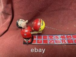 VINTAGE LineMar MARX POPEYE & OLIVE OYL WIND UP TIN LITHO METAL TOY PLAYING BALL