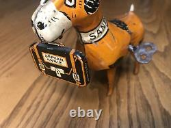 VINTAGE MARX 1930s LITTLE ORPHAN ANNIE SANDY TIN WIND UP DOG, CHARACTER TOY