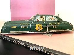 Vintage 1949 Marx Dick Tracy Police Squad Car wind up tin toy Works with key