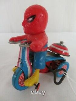 Vintage 1968 MARX Tin Wind Up Marvel Super Hero SPIDER-MAN WORKING Tricycle