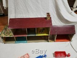 Vintage MARX Tin Litho Large Dollhouse with 45pc Plastic Furniture Marx Lot