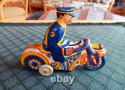 Vintage Marx 1930's Tricky Motorcyle Cop Tin Wind Up With Box Very Rare