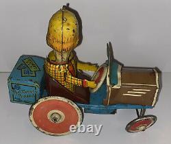 Vintage Marx 1939 Mortimer Snerd Tricky Tin Wind-Up Toy Eccentric Car