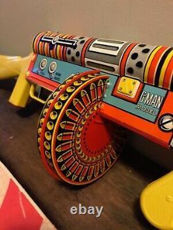 Vintage Marx G-Man Sub-Machine Gun Tin Litho Wind Up Toy & Original Box. NM