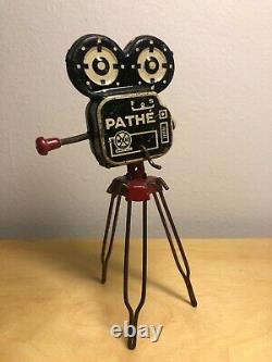 Vintage Marx Pathe TV Movie News Camera Tin Litho Complete, Fabulous Very Rare