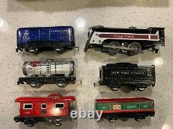 Vintage Marx Stream Line Steam Type Electric Train Set Engine, 5 Cars, 21 Tracks