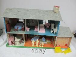 Vintage Marx Tin Litho Colonial 2 Story Dollhouse Carport Family & Furniture