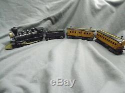 Vintage Marx WM Crooks Train Set Locomotive Wells Fargo St Paul Pacific Tin