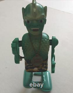 Vintage Son of Garloo Marx 1960 Tin Wind-Up Robot Works with box & medallion-Marx
