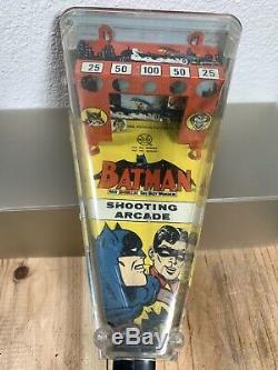 Vintage Tin Litho Batman & Robin Marx Automatic Arcade Shooting Gallery 1966