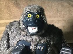 Vintage Tin Marx Battery Operated The Mighty Kong With Remote 1950s Japan